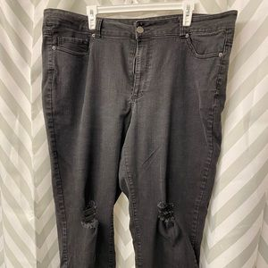 Gently used distressed black relaxed fit jeans